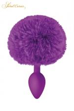 Plug queue de lapin - violet : Un plug anal élégant et original avec son pompon violet en fourrure synthétique fixé à son extrémité.